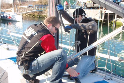 pregledovanje-palubne-opreme-jadrnice